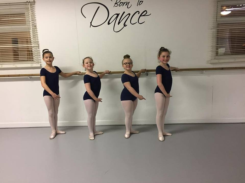 dancers-from-ingram-academy